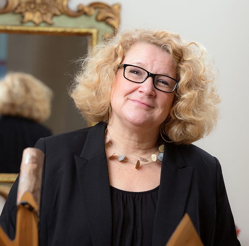 Carola Robert